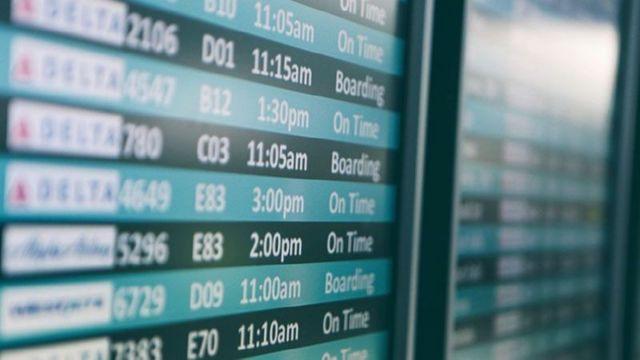 Как узнать о прилете самолета в пункт назначения