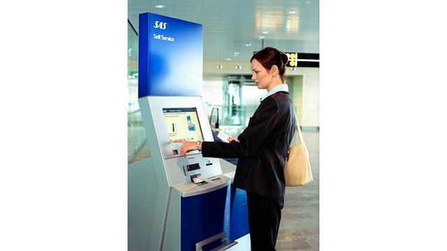 Как проходить регистрацию на рейс в аэропорту по электронному билету