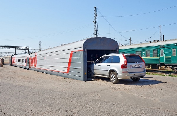 Как перевезти машину в другой город поездом